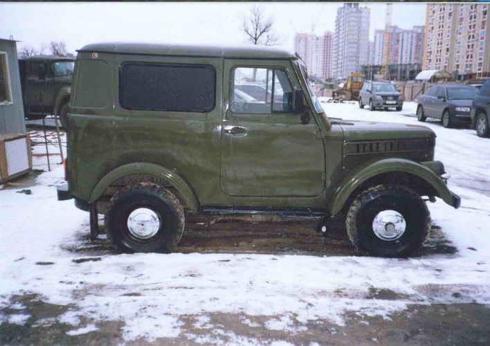 GAZ-69 сбоку